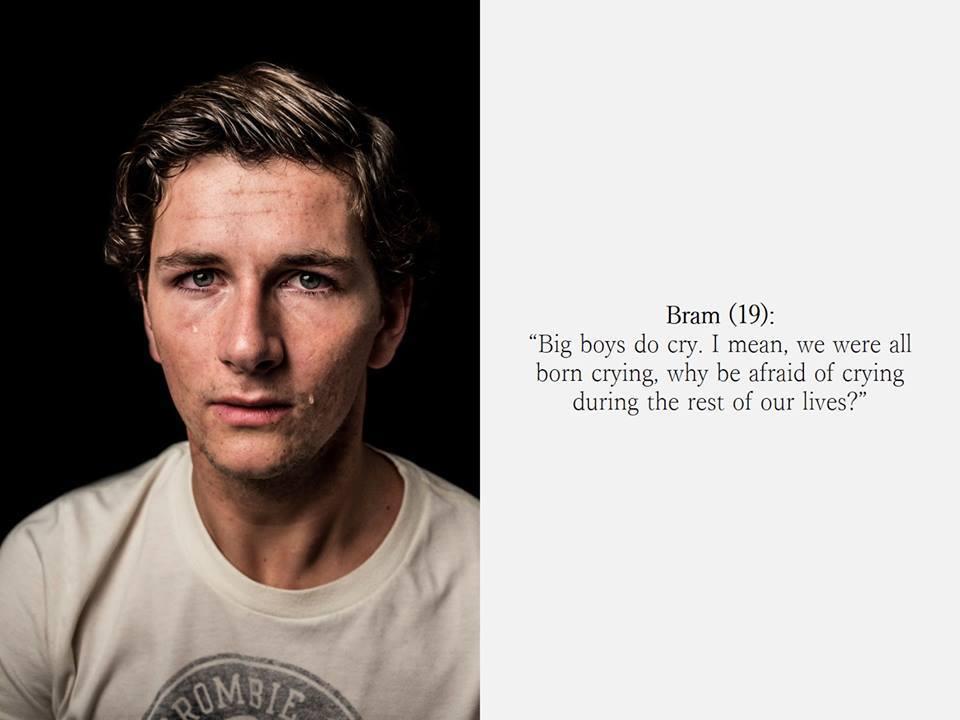 Resultado de imagen para 'Lo que los hombres reales lloran': una serie de retratos que intentan destruir los roles de género