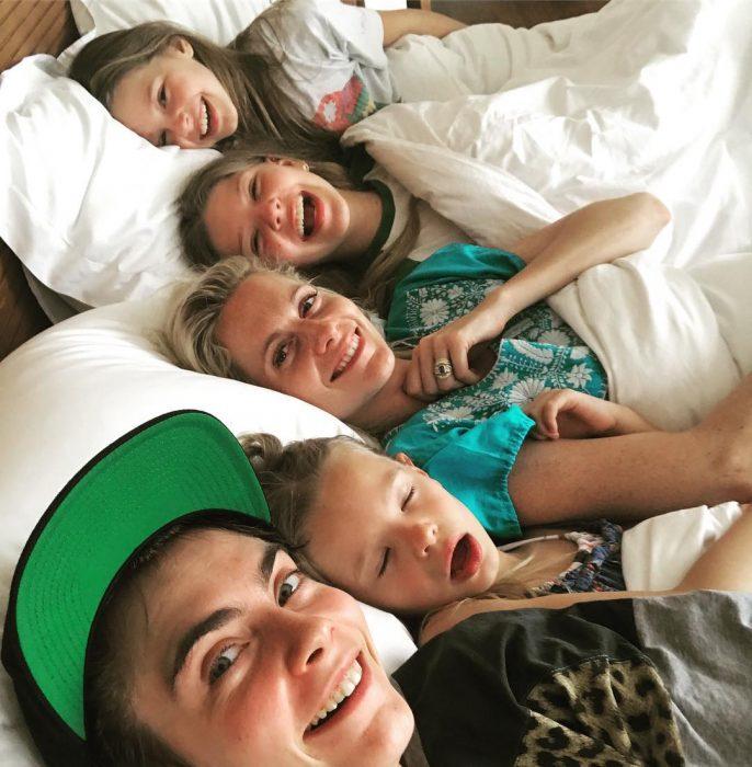 cara delevigne y su familia