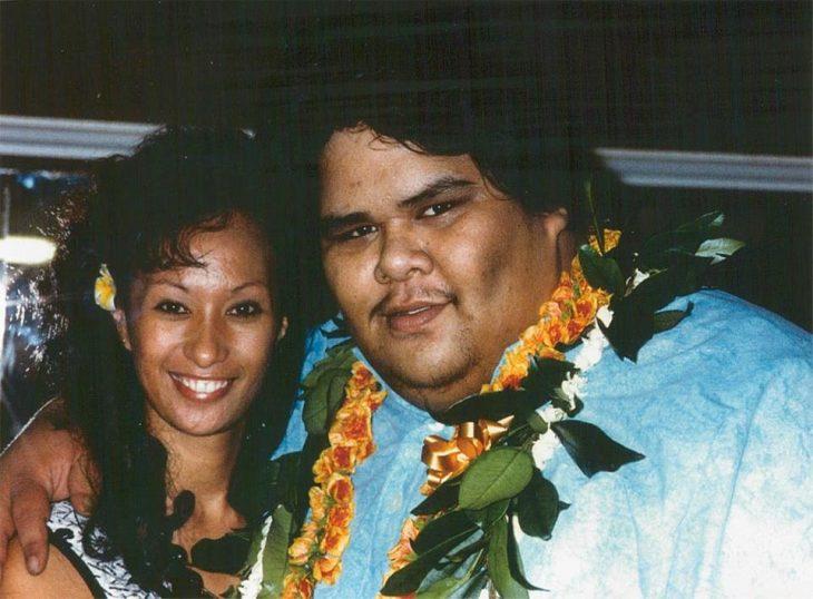 Cantante Israel Kamakawiwo'ole y su esposa Marlene Ah
