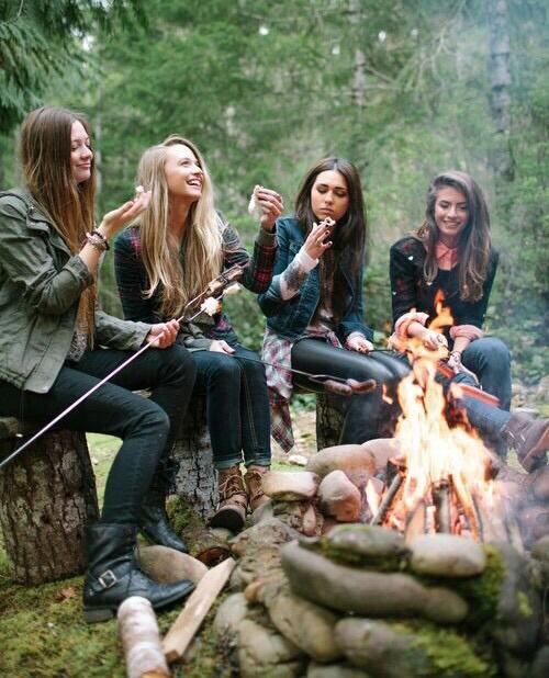 chicas de campamento