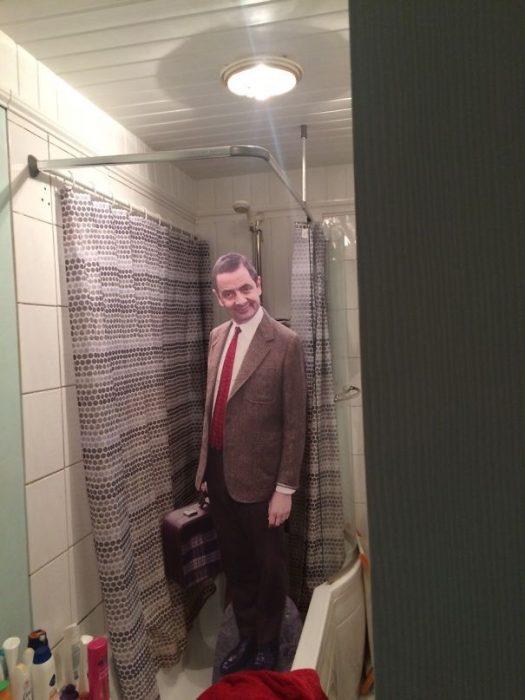 imagen 3d que es la imagen de Mr. Bean en la ducha