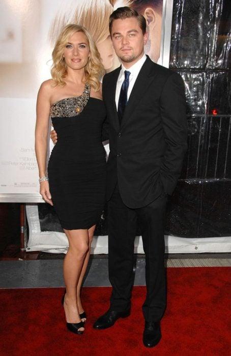 Kate Winslet y Leo DiCaprio juntos en el estreno de revolutionary road