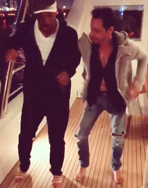 Will Smith aprendiendo a bailar salsa con Marc Anthony