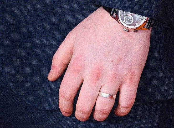 ed sheeran habla de su anillo