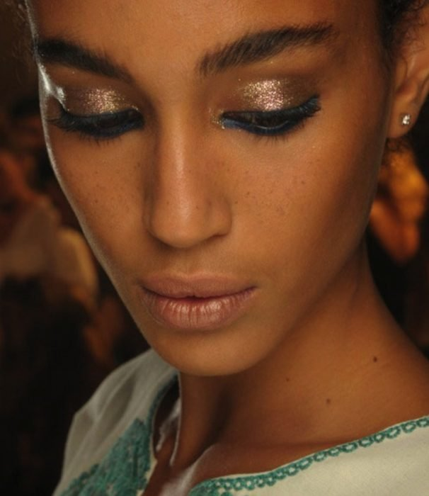 maquillaje para chicas morenas
