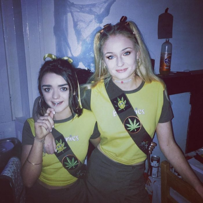 Sophie Turner y Masie Williams