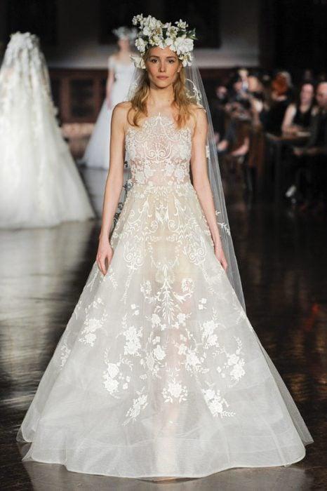 vestido de novia de reem acra