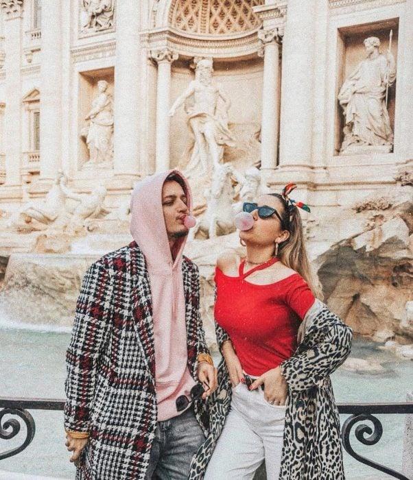 pareja viajera instagram