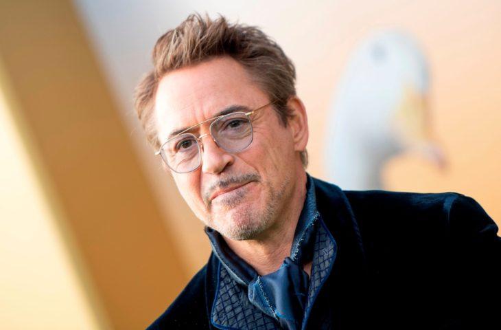 Robert Downey Jr. en la alfombra roja de Dr. Dolitlle