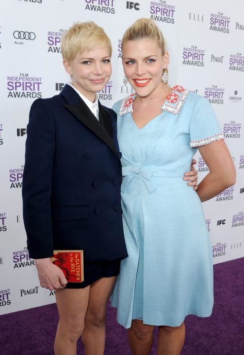 Michelle Williams y Busy Philipps