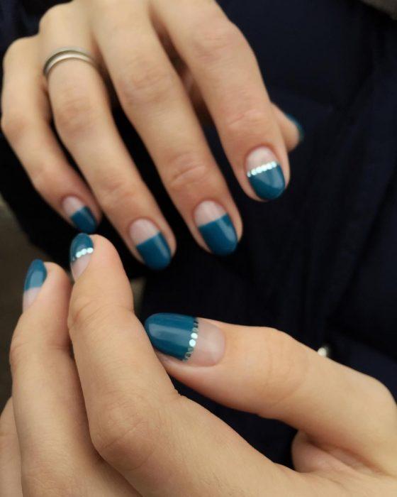 uñas con dos colores