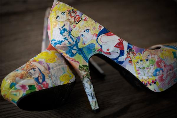 zapatillas con papel periodico