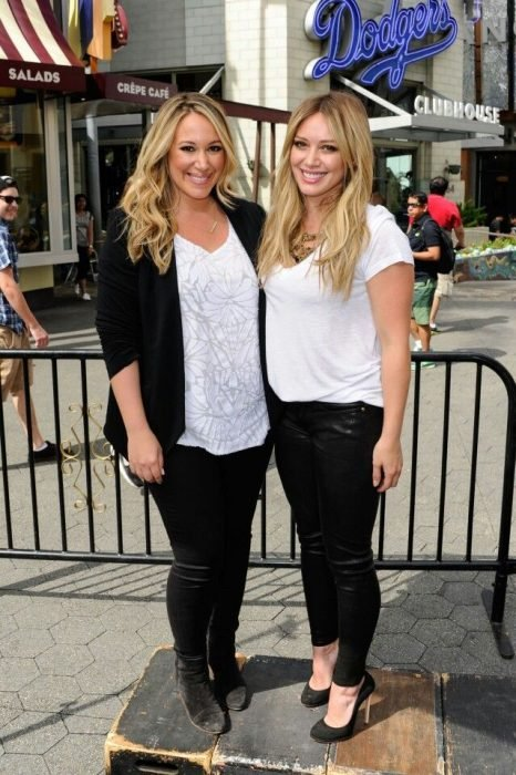 hilary duff and sister