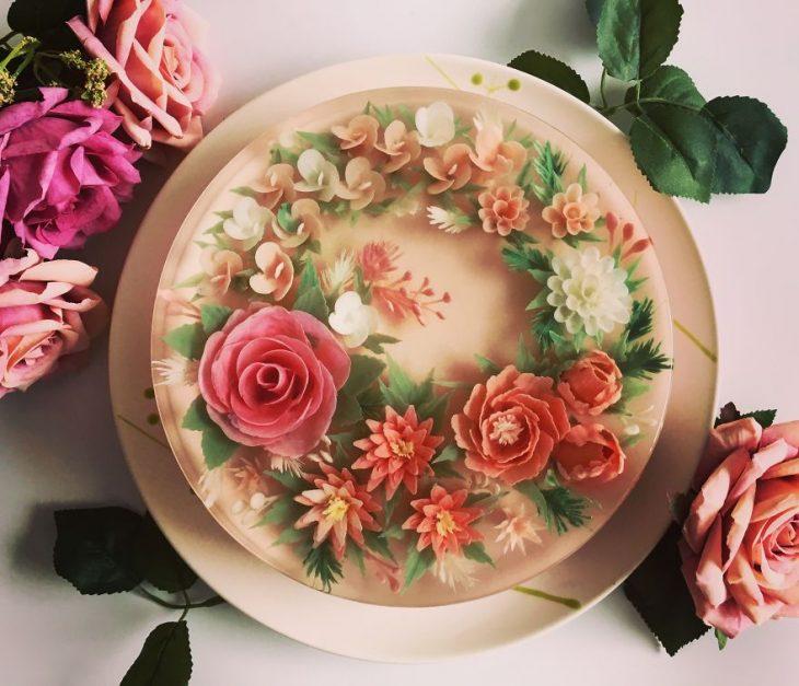 gelatina con flores de colores