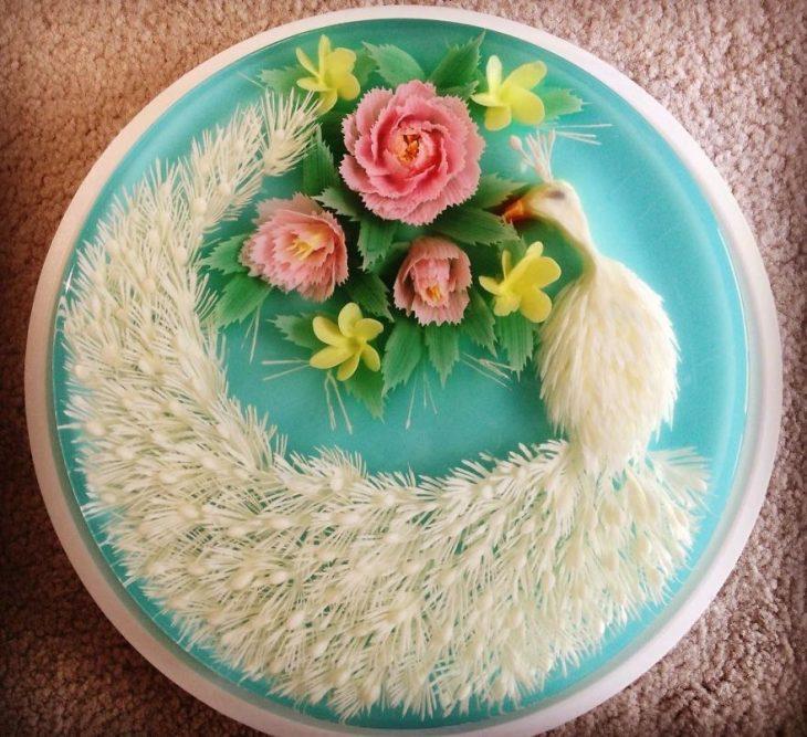 gelatina con un ave blanca