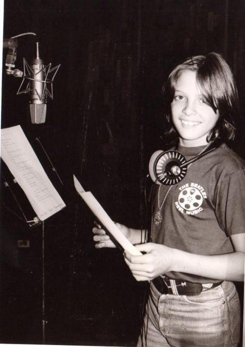 Luis Miguel grabando su primera canción en 1982