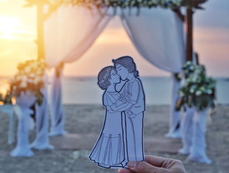 dibujo de pareja besándose