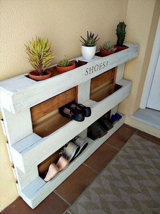 Palets para organizar los zapatos