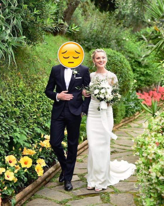 Neville Longbottom caminando junto a su esposa Angela Jones