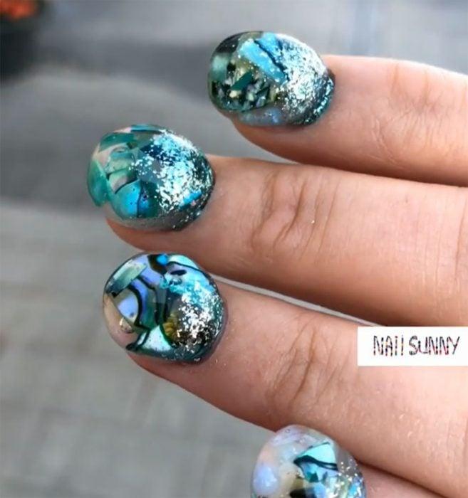 Uñas de esferas creadas por Nail Sunny