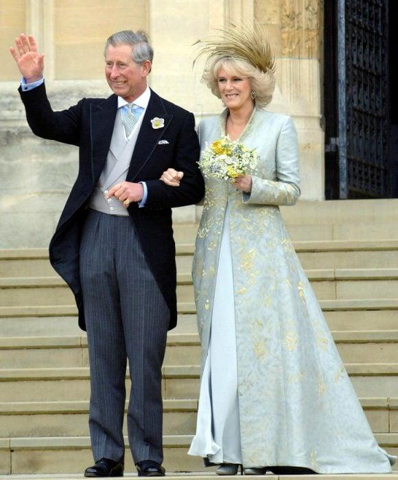 Príncipe carlos y camilla el día de su boda
