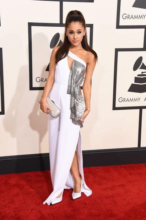 Ariana Grande en los grammy 2015