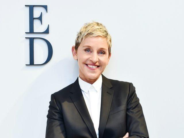 Ellen Degeneres posando para una fotografía