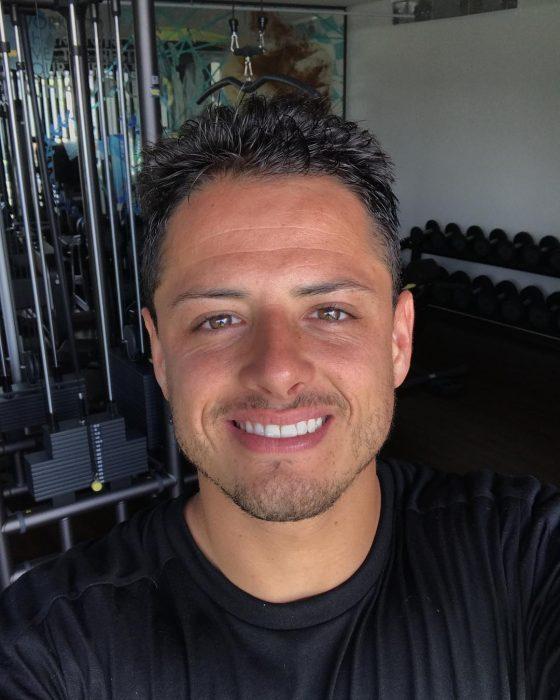 "Futbolista Javier ""chicharito"" hernandez"