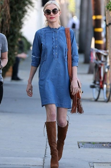 Kate Bosworth usando un look total de mezclilla
