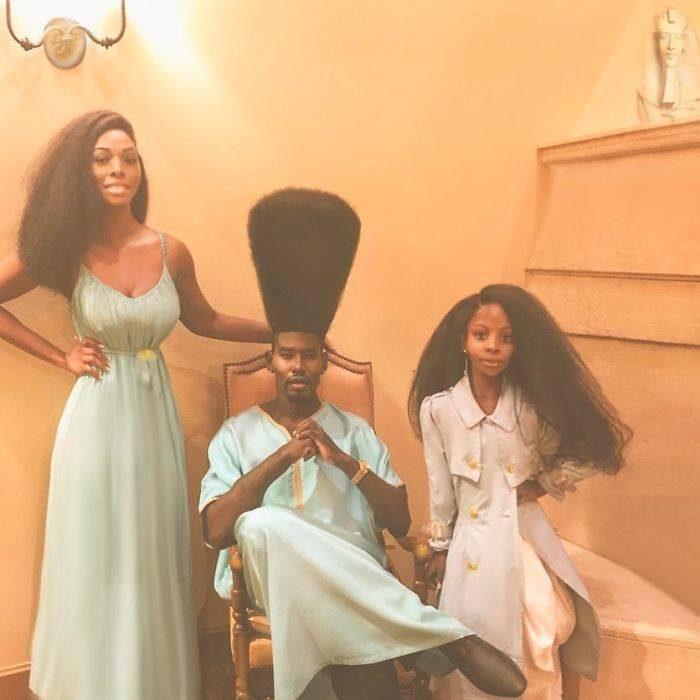 familia con cabello afro