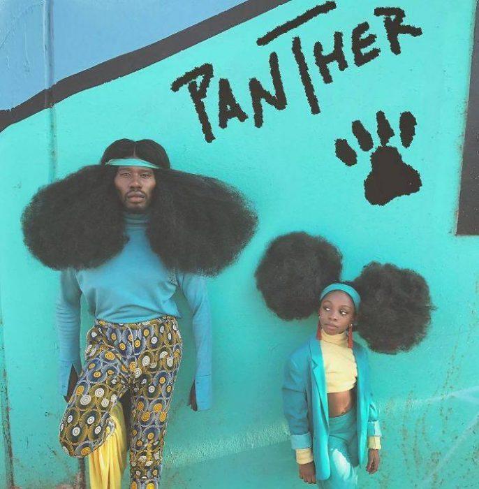 padre e hija con peinado afro