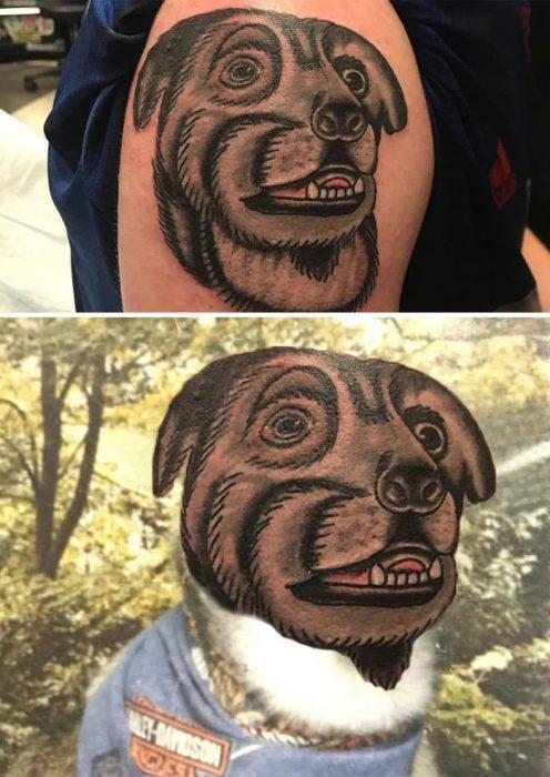 Tatuaje extraño de un perro