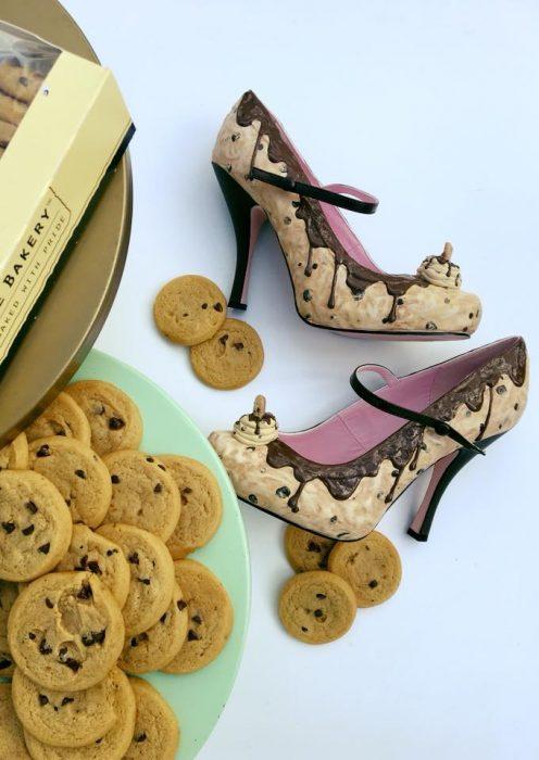 zapatos con galletas