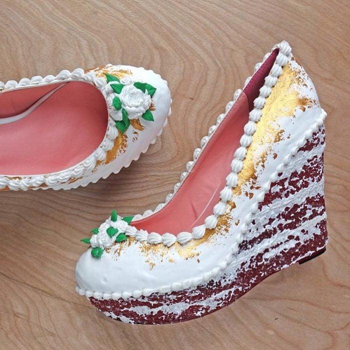 zapatos con flores verdes