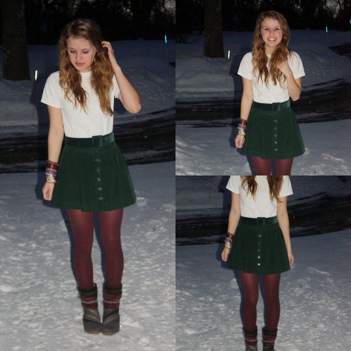mujer con falda verde y medias color café