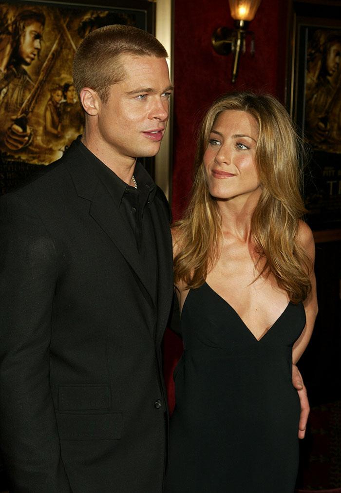 Jennifer Aniston junto a brad Pitt