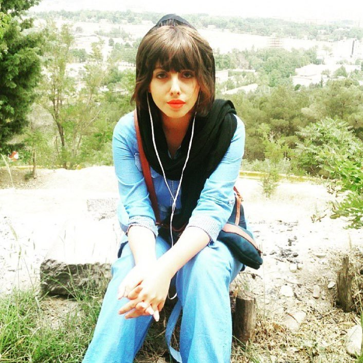 Sahar Tabar chica nombrada jolie zombie con su rostro al natural