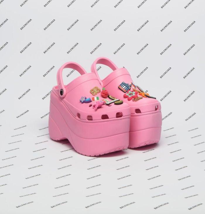 Crocs rosas de balenciaga