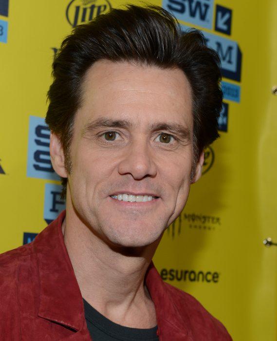 Jim Carrey en una alfombra roja