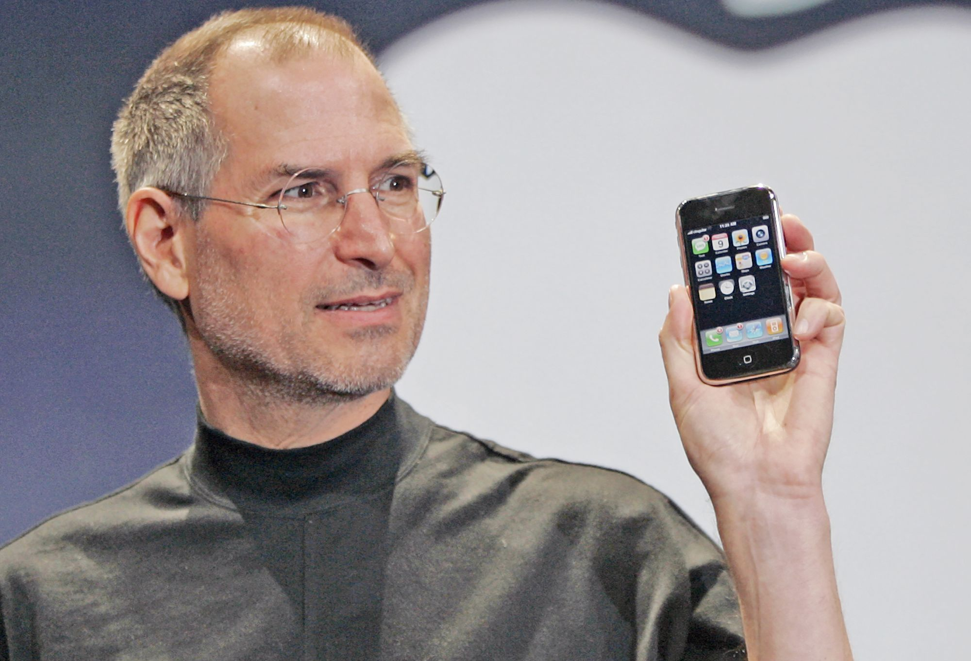 Steve Jobs presentando su iphone