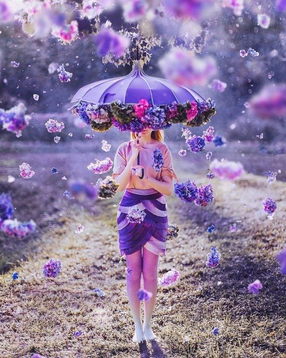 chica con vestidos en tonos lila