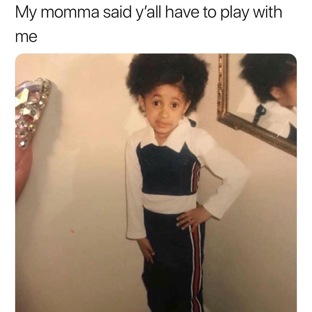 Foto de la infancia de Cardi B cuando era una niña