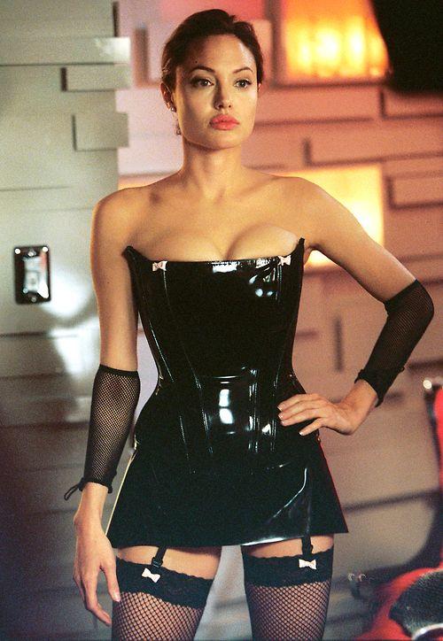 Vestido que aparece en la película de sr y sra smith