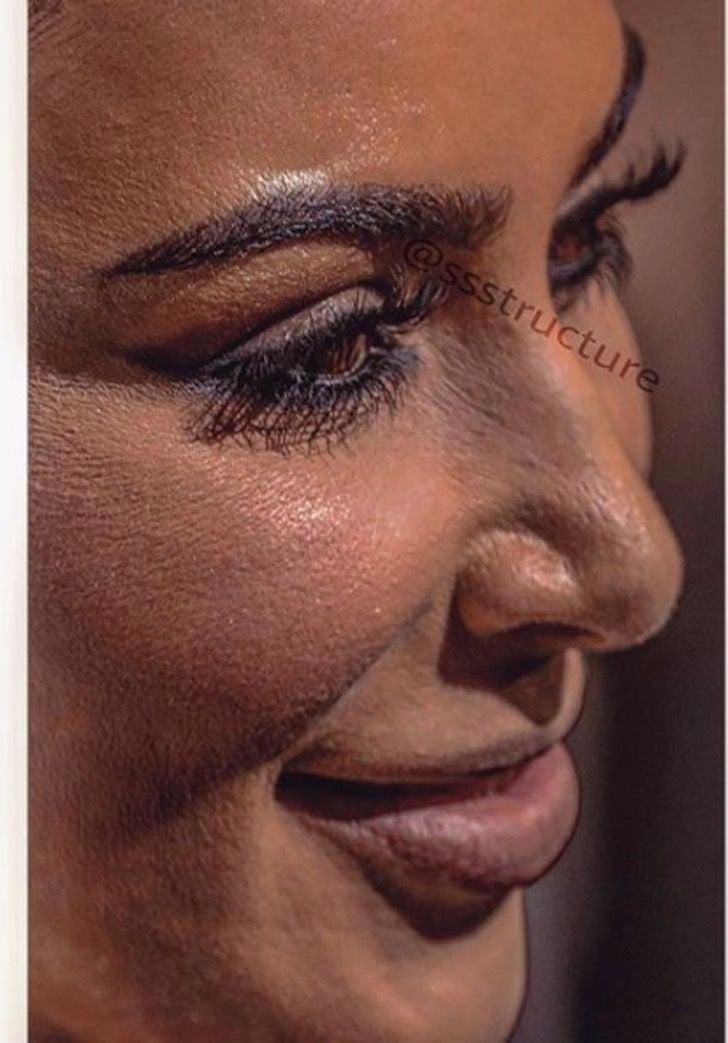 Kim Kardashian de cerca y sin photoshop