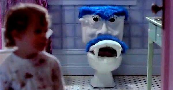 La razón por la que nos daba miedo ir al baño