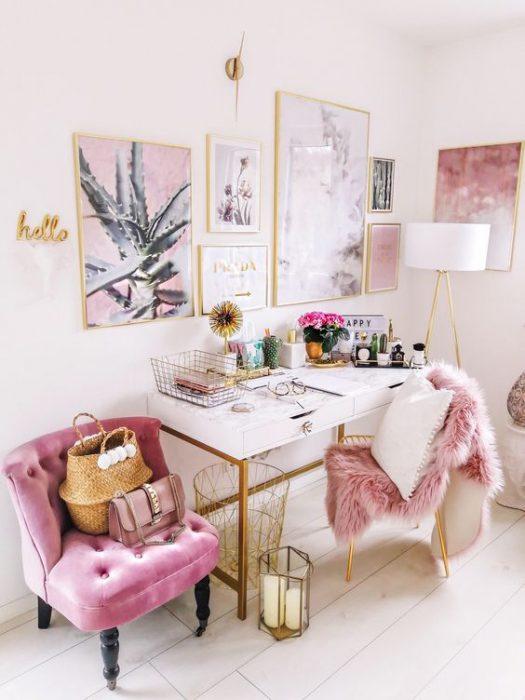 sillones en color rosa pastel