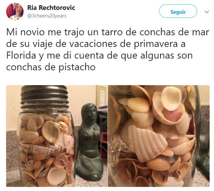 Vaso de mason jar con conchas y pistaches