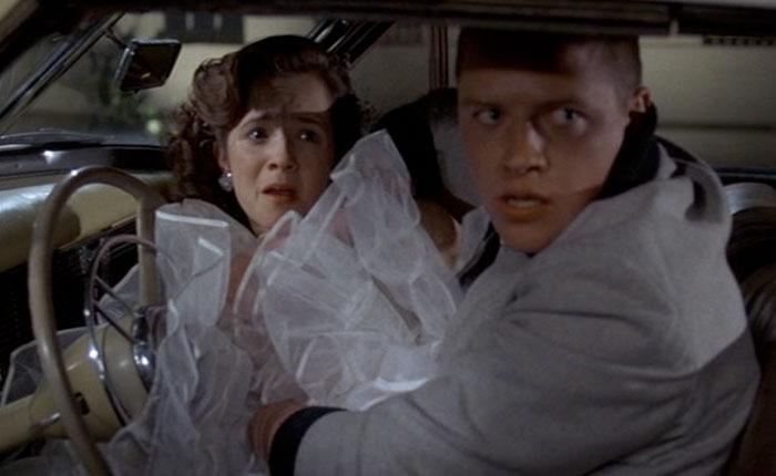 Escena de la película Volver al futuro. Lorrein y Biff
