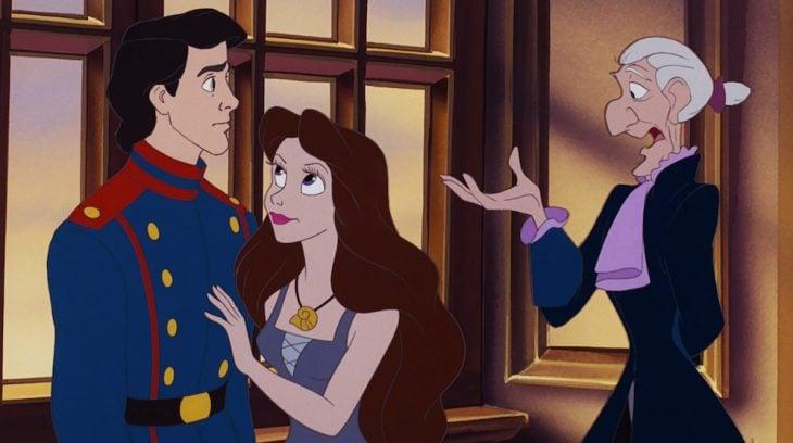 Príncipe Eric junto ariel de la sirenita