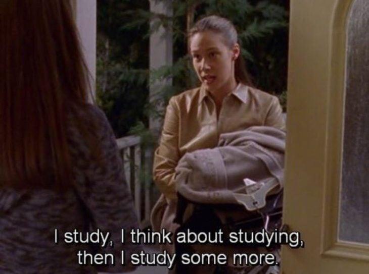 Estudio, pienso en estudiar y luego estudio más